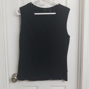 BCBG sleeveless ribbed blouse